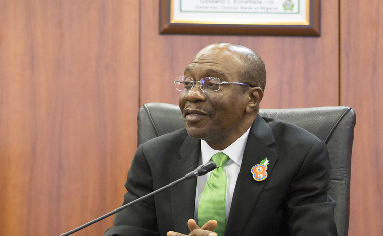 Nigerian central bank holds lending rate at 11.5%, expects short recession